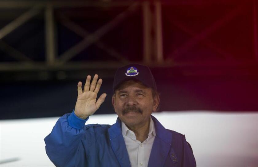 """Un grupo de legisladores pidió hoy en una carta al presidente, Donald Trump, que emita sanciones bajo la """"ley Magnitsky"""" contra cuatro nicaragüenses, incluidos dos hijos del mandatario, Daniel Ortega. EFE/ARCHIVO"""