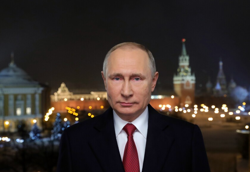 With The New Year Russians Will Ring In 20 Years Of Vladimir Putin Los Angeles Times