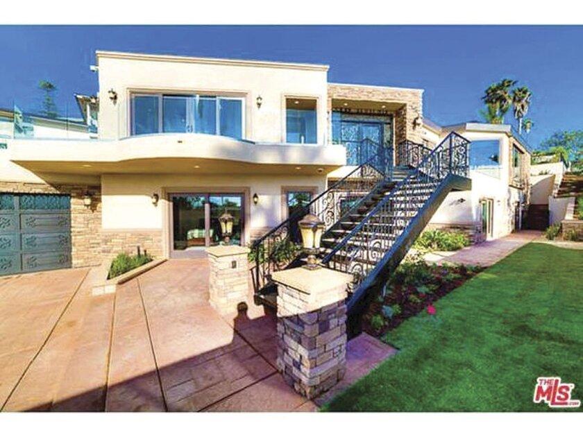 835 La Jolla Rancho Road