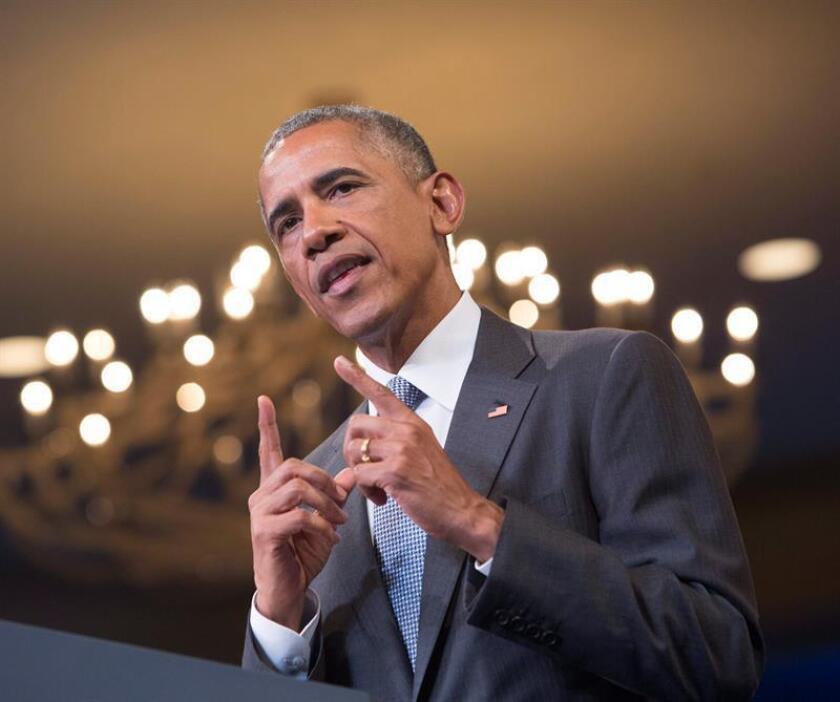 El presidente, Barack Obama, defendió hoy su legado en la protección del medioambiente y aseguró que es completamente compatible con el progreso económico, al iniciar una gira de promoción de los esfuerzos contra el cambio climático que ha hecho durante sus casi ocho años en el poder.