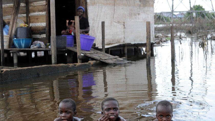 TOPSHOTS-NIGERIA-FLOODS