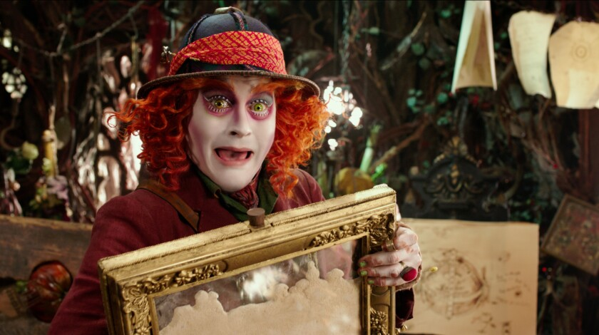 """En esta imagen difundida por Disney, Johnny Depp en una escena de """"Alice Through The Looking Glass"""". (Disney vía AP)"""