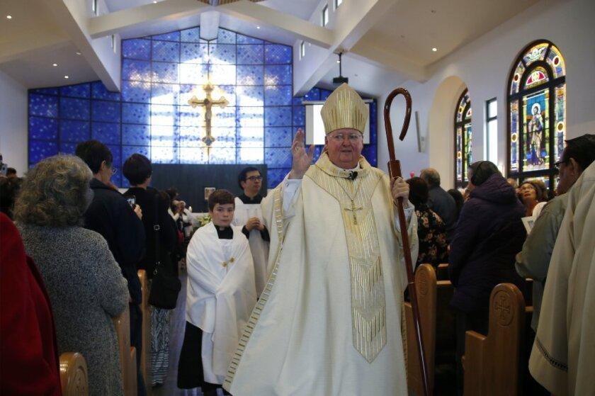 Obisco de S.J. revela lista de sacerdotes acusados.