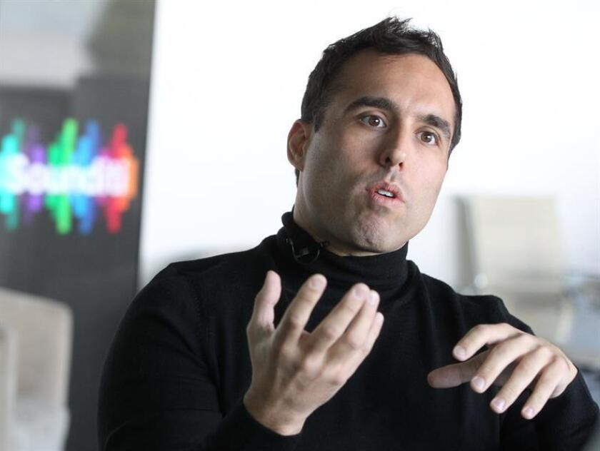 El compositor español de bandas sonoras Alfonso Aguilar participa hoy viernes en una entrevista con Efe en Ciudad de México (México). EFE