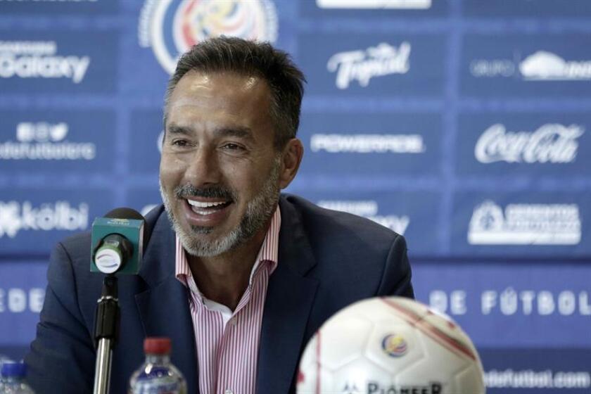 El seleccionador de Costa Rica, el uruguayo Gustavo Matosas, presentó hoy martes 8 de enero de 2019 al cuerpo técnico que le acompañará en el proceso rumbo al Mundial de Catar 2022. EFE