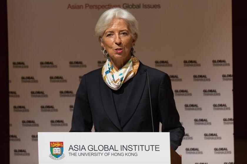 La directora del Fondo Monetario Internacional (FMI), Christine Lagarde, ofrece una conferencia de prensa. EFE/Archivo