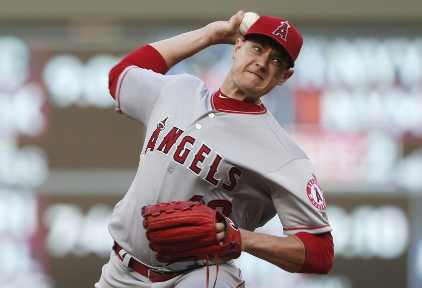 Garrett Richards, here pitching for the Angels in 2018, could soon be doing so for the Padres.