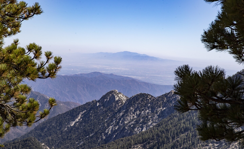 Breathtaking views on Angeles Crest Highway