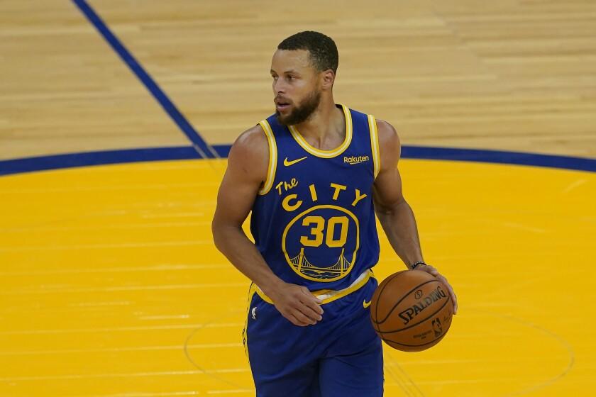 El jugador de los Warriors de Golden State Stephen Curry (30).