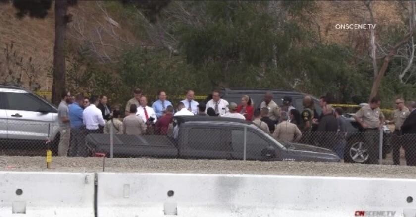 San Diego sheriff's deputies and homicide investigators