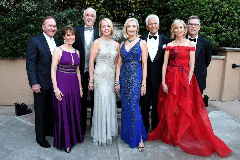Bob and Nina Doede, Harvey and Sheryl White, Karen and Don Cohn, Laurie Mitchell and Brent Woods (the ladies are event co-chairs)