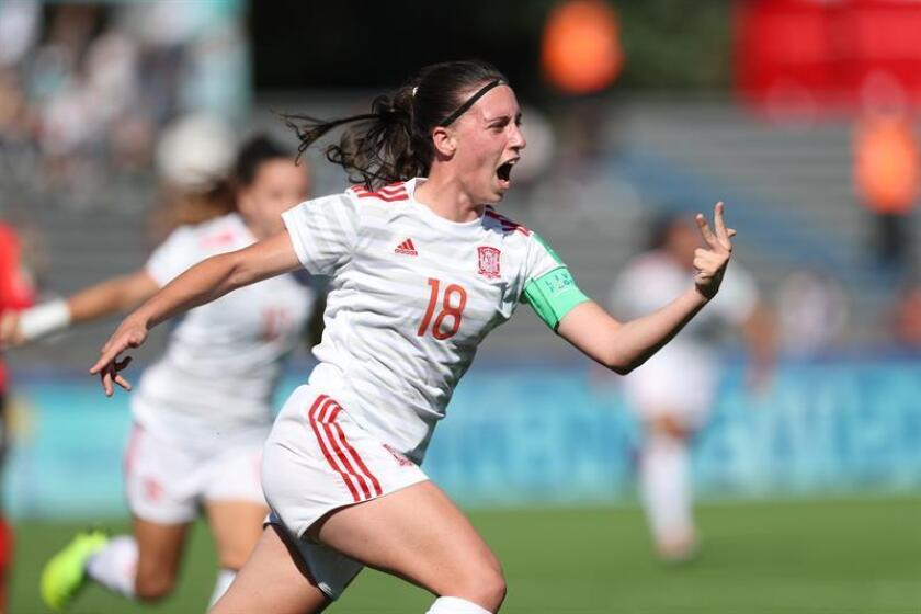 Spain's Eva Navarro celebrates goal against South Korea in a Group D match during the FIFA U-17 Women's World Cup 2018, on Wednesday, Nov. 14, in Montevideo. EFE-EPA/Raul Martinez