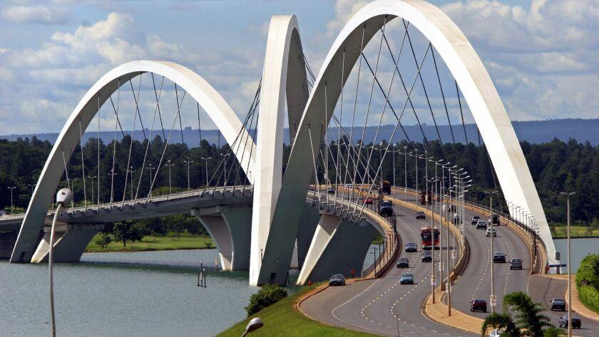 The Juscelino Kubitschek bridge designed by architect Alexandre Chan stretches over the Paranoa Lak