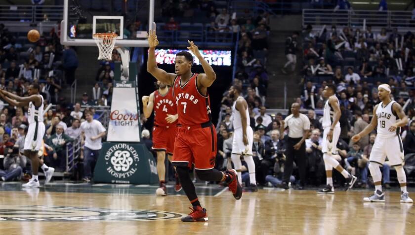 Toronto Raptors breeze past Milwaukee Bucks, 107-89, even without DeRozan