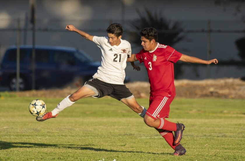 High School Roundup: Los Amigos boys' soccer ties Bellflower