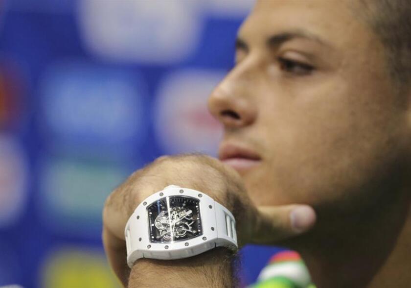Chicharito niega haber pedido salir y reitera su compromiso con el West Ham