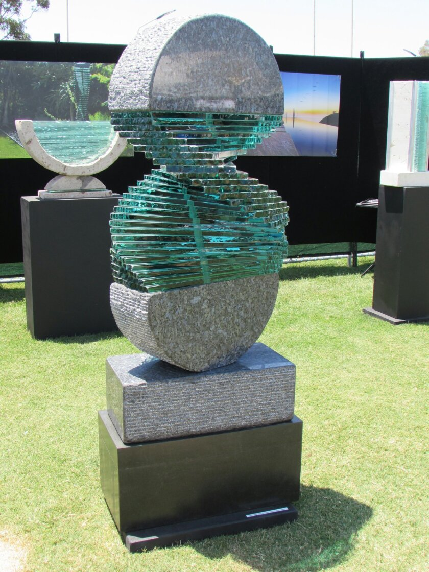 La Jolla Festival of the Arts features the works of some 200 fine artists.