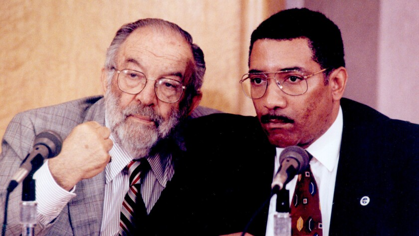 Los Angeles Police Commissioner Stanley K. Sheinbaum, left, with LAPD Chief Willie Williams during a news conference in October 1992.