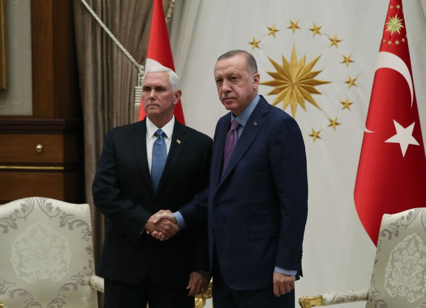 Turkish president Recep Tayyip Erdogan welcomes  Vice President Mike Pence