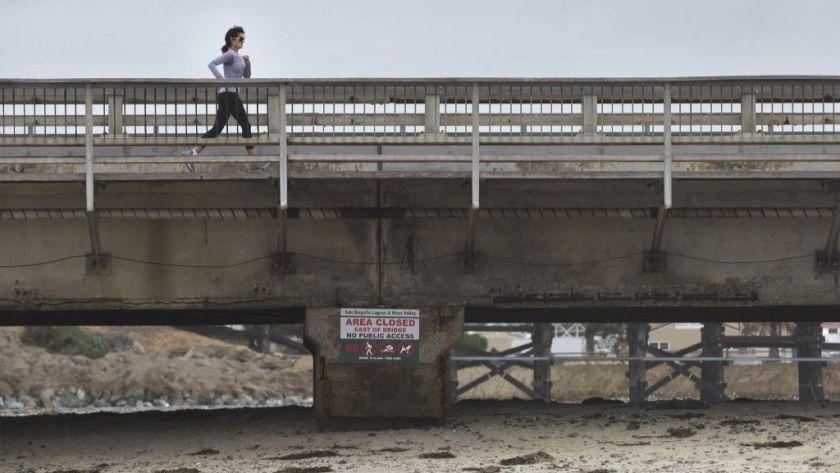 del mar bridge.jpg