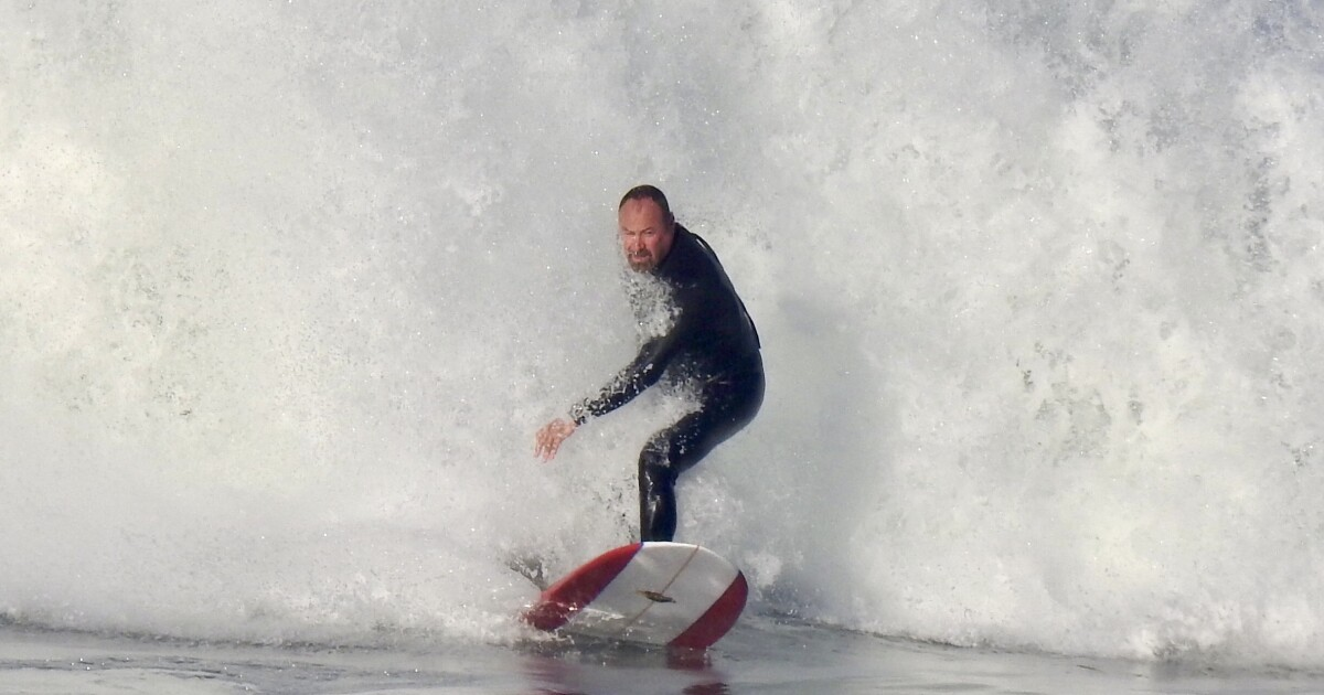 San Diego's unusually long spell of heavy surf to last through Tuesday