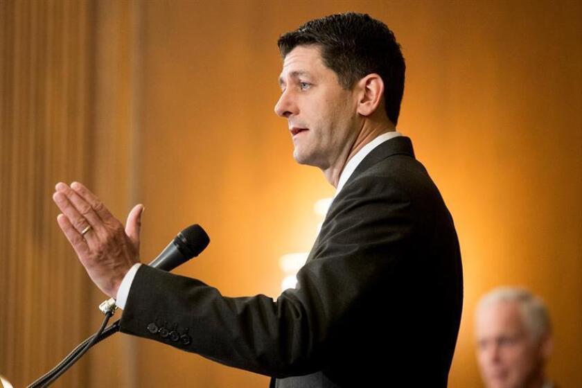 El presidente de la Cámara de Representantes, Paul Ryan, ofrece un discurso durante una conferencia de prensa. EFE/Archivo