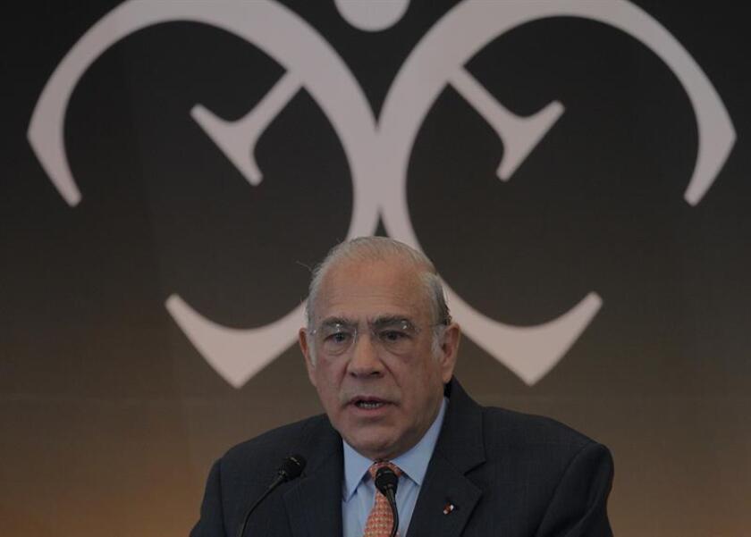 El secretario general de la Organización para la Cooperación y Desarrollo Económicos (OCDE), José Ángel Gurría, habla durante la XXIX Reunión de Embajadores y Cónsules 2018 hoy, lunes 8 de enero de 2018, en Ciudad de México (México). EFE