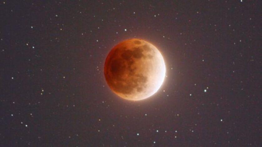 El 31 de enero se dará una rara coincidencia de fenómenos astronómicos: un eclipse lunar, una superluna, una luna azul y una luna de sangre.