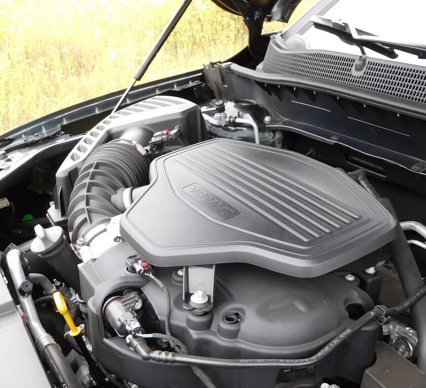 Chevrolet Blazer-8-Engine-2.JPG