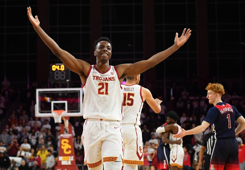 USC's Onyeka Okongwu acknowledges the crowd after defeating Arizona at Galen Center on Feb. 27.