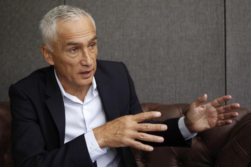 El periodista mexicano Jorge Ramos habla el viernes 29 de septiembre de 2017, durante una entrevista con Efe en Medellín (Colombia). EFE/Archivo