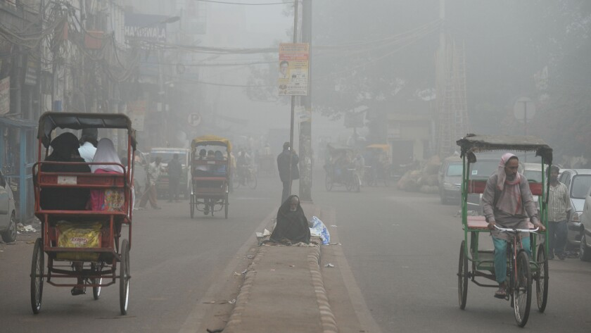 TOPSHOT-INDIA-ENVIRONMENT-POLLUTION-SMOG