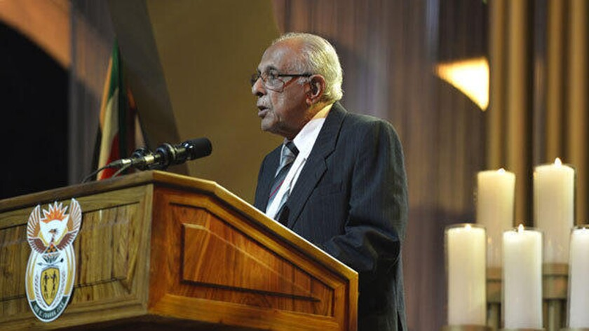 Ahmed Kathrada speaks at Nelson Mandela's funeral in 2013.