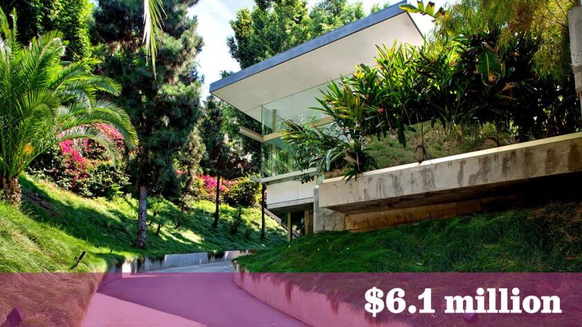 Fashion designer Joe Dahan has sold his Hal Levitt-designed home in Hollywood Hills West for $6.1 million.