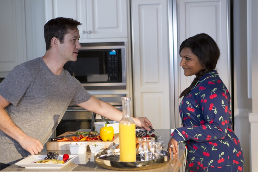 """Joseph Gordon-Levitt and Mindy Kaling in a scene from the Season 4 premiere of """"The Mindy Project."""""""