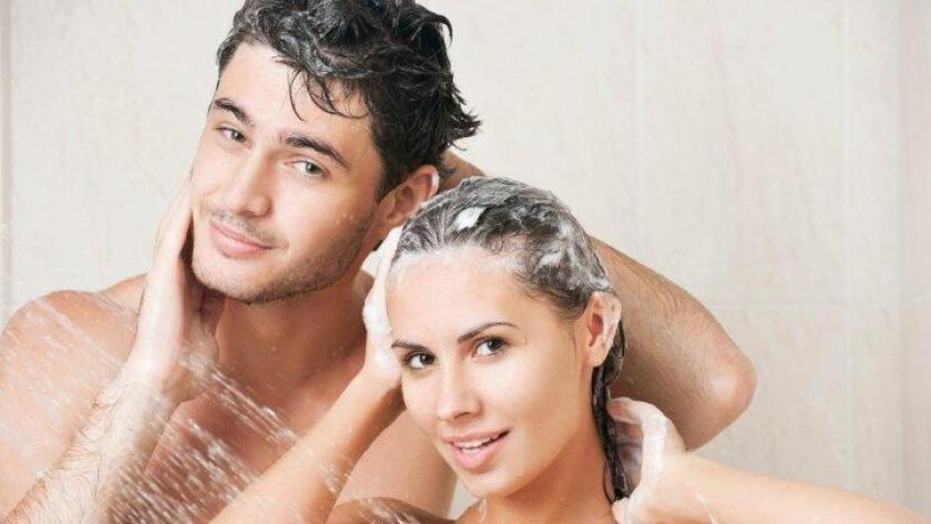 Conserve water, shower together. (/ Thinkstock.com)