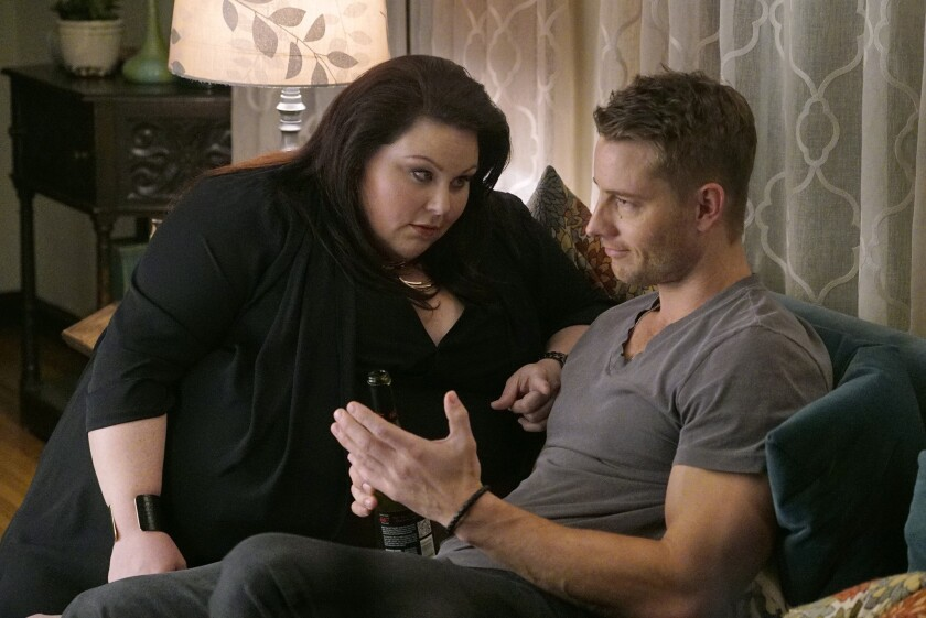 """Chrissy Metz as Kate, left, and Justin Hartley as Kevin in a scene from """"This Is Us."""""""