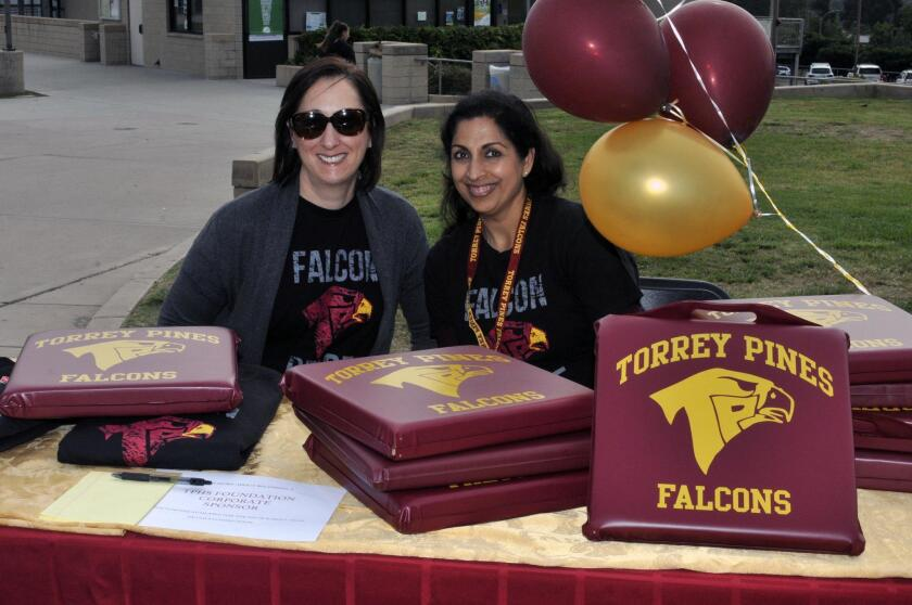 TPHS Foundation board members Gillian Vapnek and Minnie DeVico