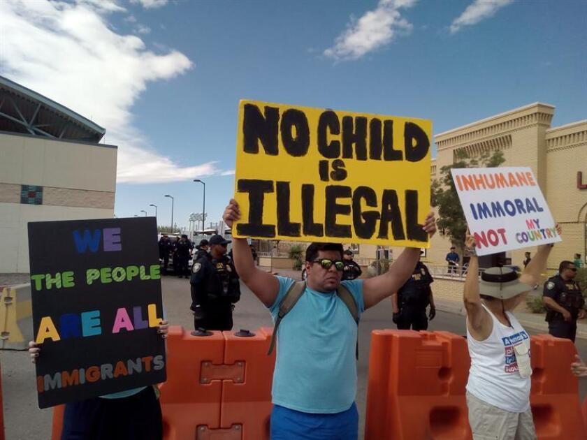 El juez federal Dana Sabraw resaltó hoy que son más los padres que han rechazado la reunificación con sus hijos, bajo custodia del Gobierno de EEUU, en sus países de origen que los que han pedido el trasladado del menor. EFE/ARCHIVO