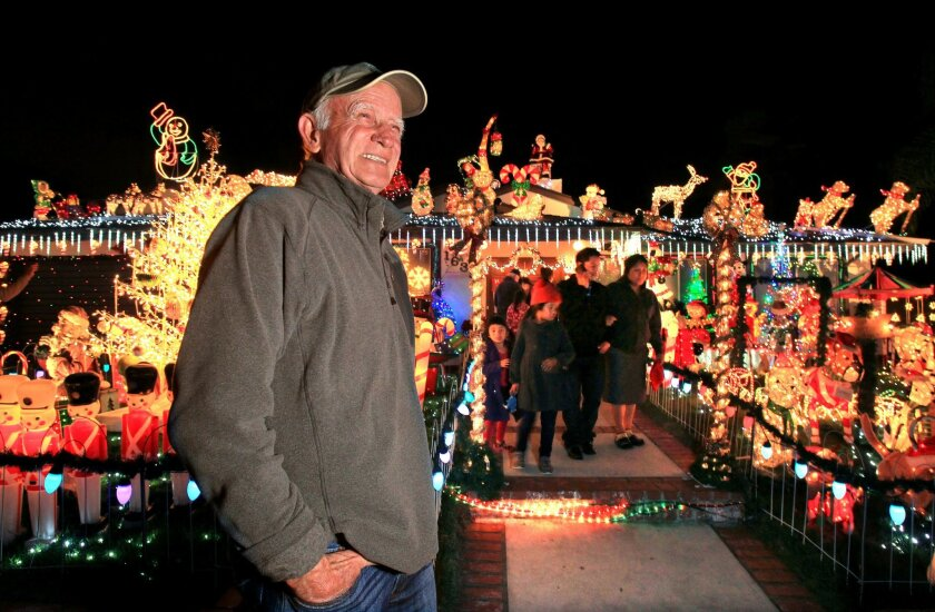 San Marcos Christmas light display