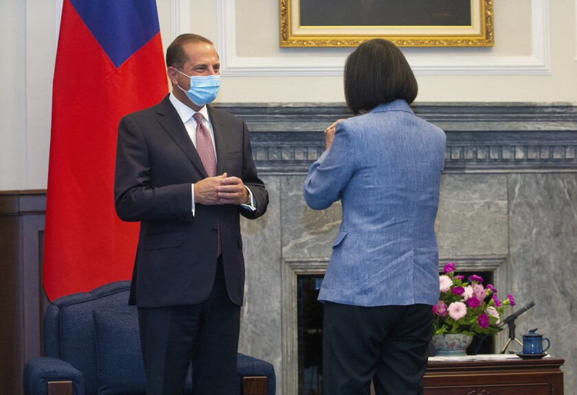 U.S. Health and Human Services Secretary Alex Azar and Taiwanese President Tsai Ing-wen
