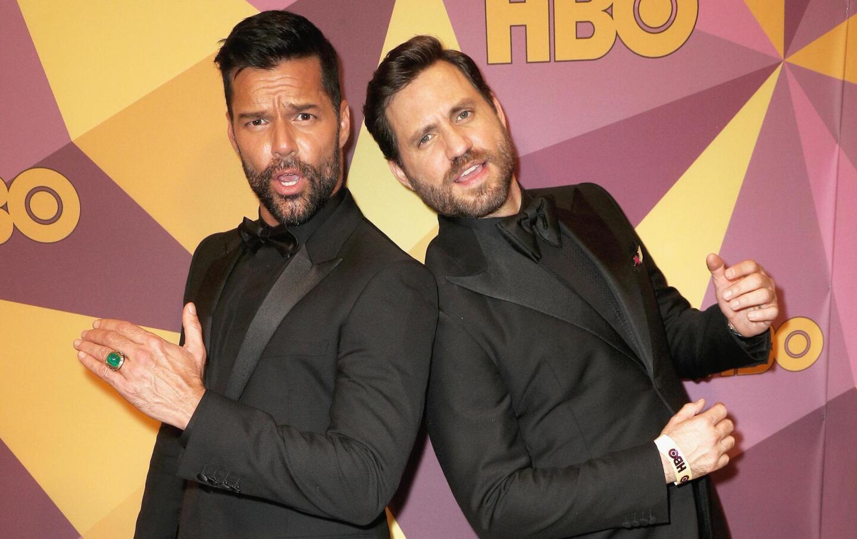 Ricky Martin y Edgar Ramirez, protagonistas de la serie que muestra el asesinato del diseñador Gianni Versace, aprovecharon para divertirse y vivir la vida loca en la fiesta de HBO.