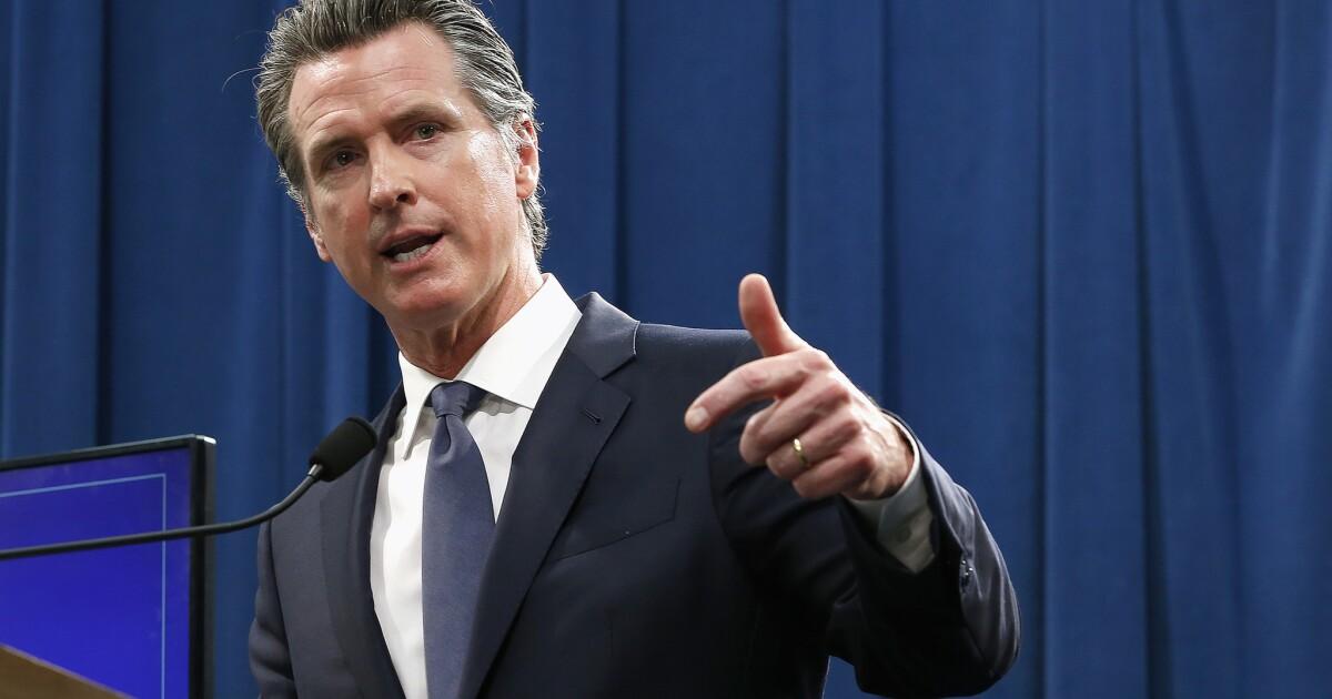 Newsom: les écoles de Californie ne seront pas poussées à rouvrir par Trump