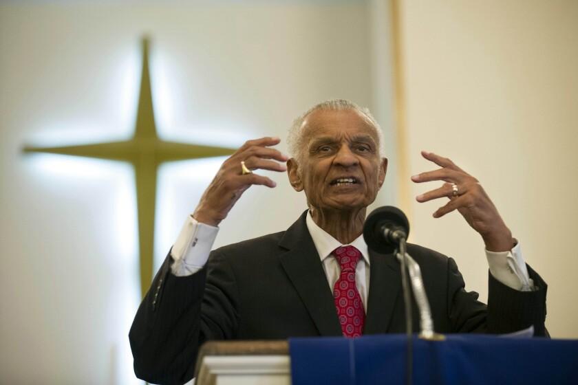 Civil rights pioneer Rev. C.T. Vivian preaches