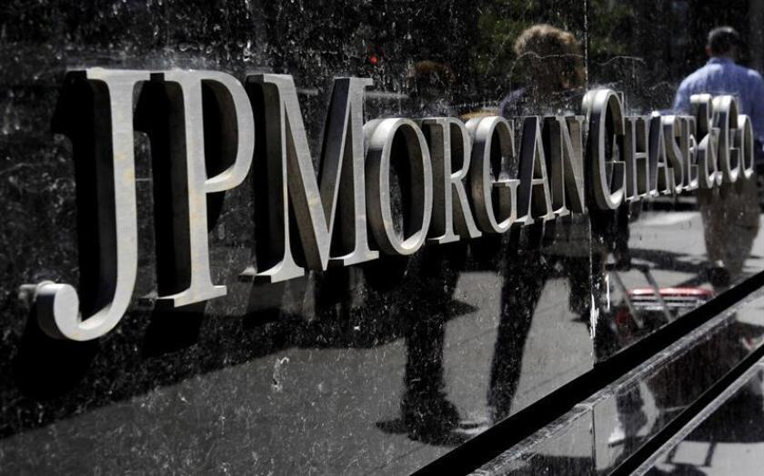 Detalle de un anuncio del mayor banco de Estados Unidos por activos, el JPMorgan Chase. EFE/Archivo
