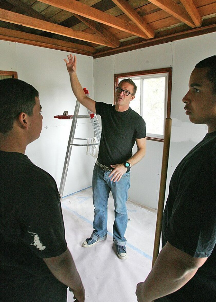 """Guest lecturer Brice Cooper, former host of HGTV's """"Design on a Dime,"""" spoke to students about considering style and function in their plans for home projects."""