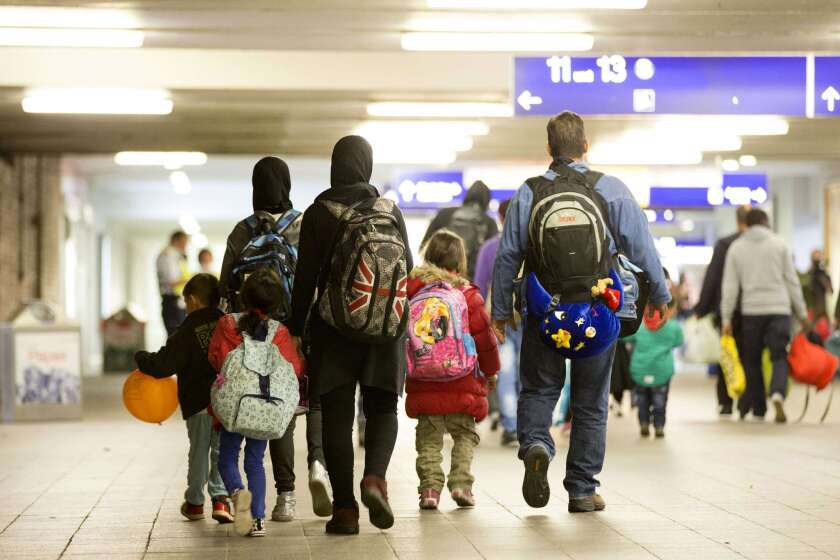 Refugees arrive in Berlin