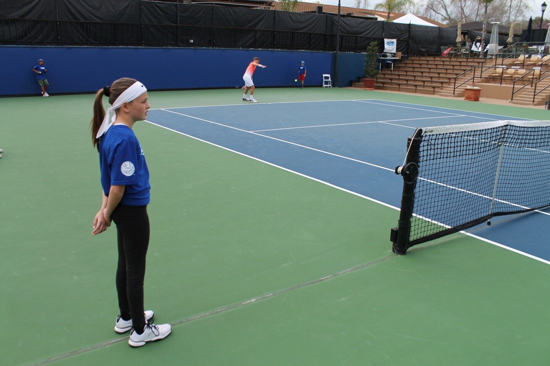hoyla-mas-de-200-chicos-practicaron-tenis-por-024