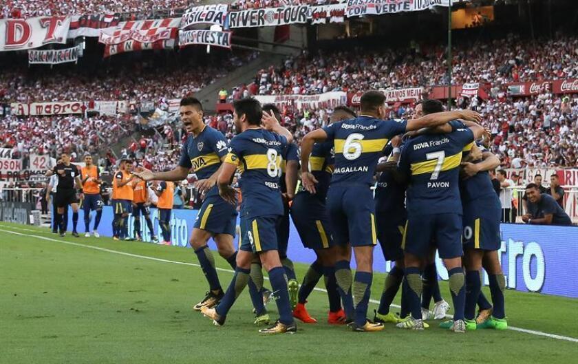 En la imagen los jugadores de Boca Juniors. EFE/Archivo
