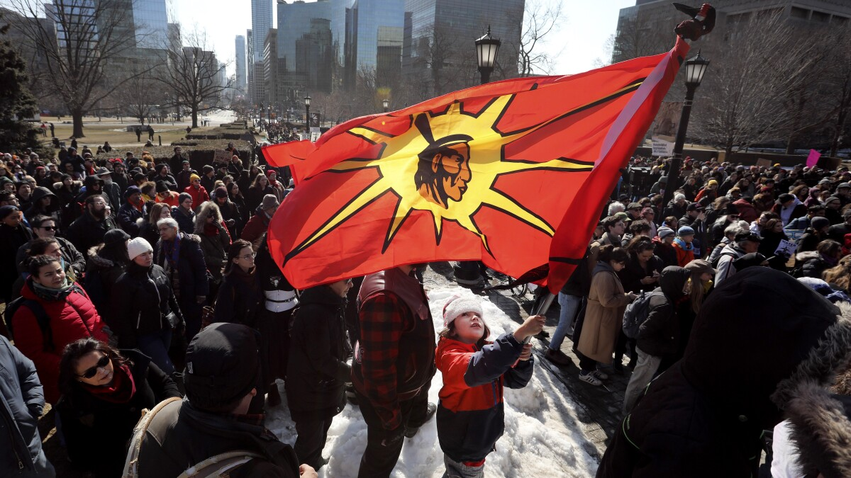Indigenous Protests Exposed Tensions Behind Canada S Tranquil Image Los Angeles Times